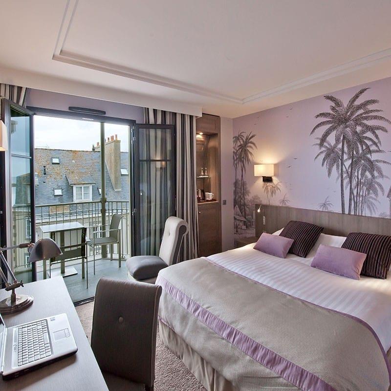 hotel-nouveau-monde-modelages-corps-romantique