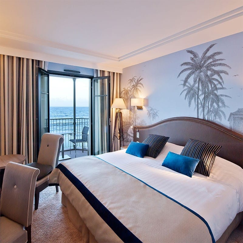 hotel-nouveau-monde-romantique-vue-mer